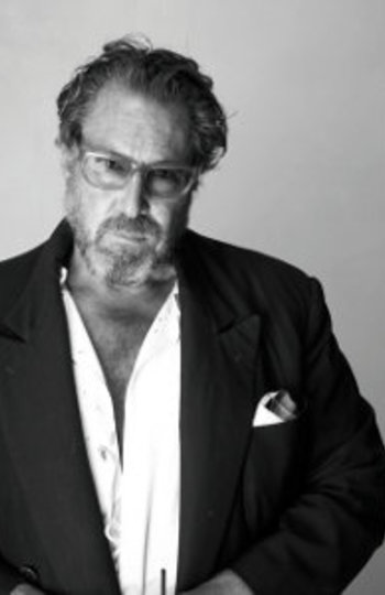 Portrait of JULIAN SCHNABEL | Bernardaud