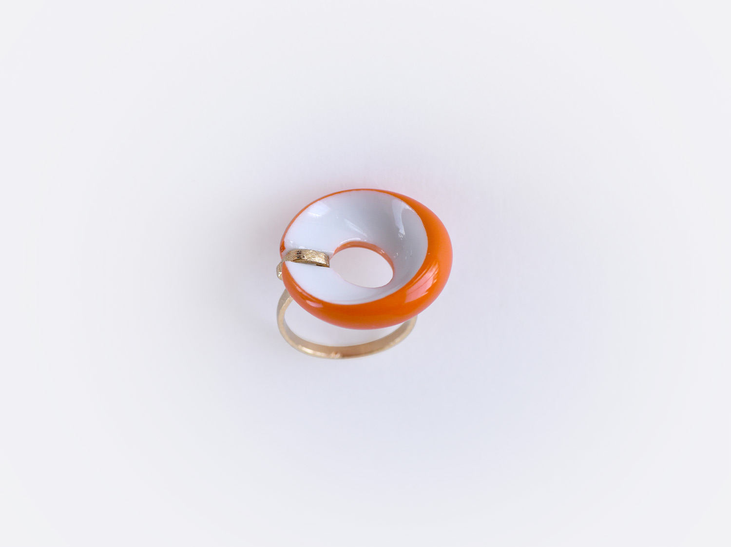 Bague plate Alba orange en porcelaine de la collection ALBA ORANGE Bernardaud