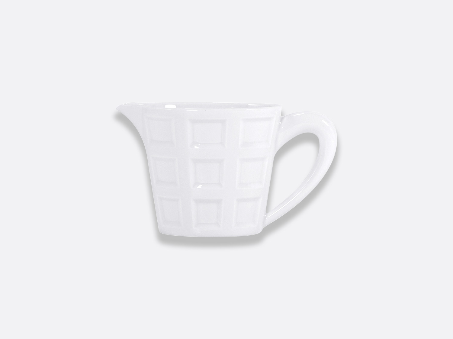 Crémier 12 tasses 30 cl en porcelaine de la collection Naxos Bernardaud