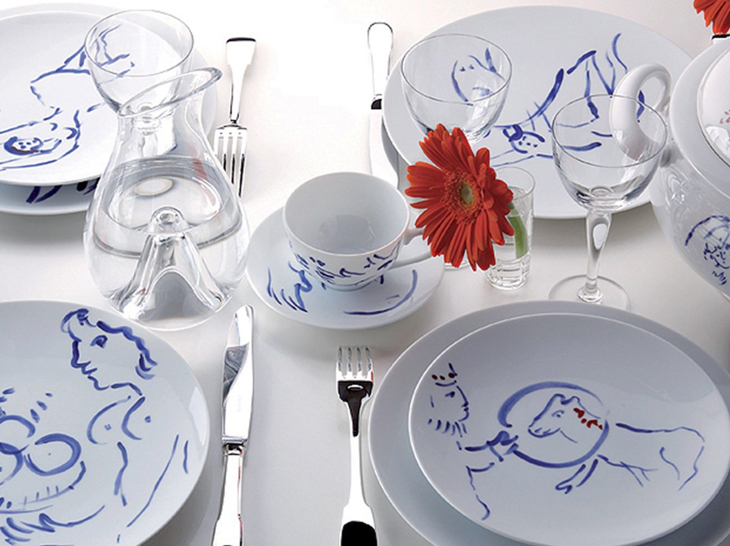 China Dinner service for twelve (69 pieces numbered) of the collection Pour ida | Bernardaud