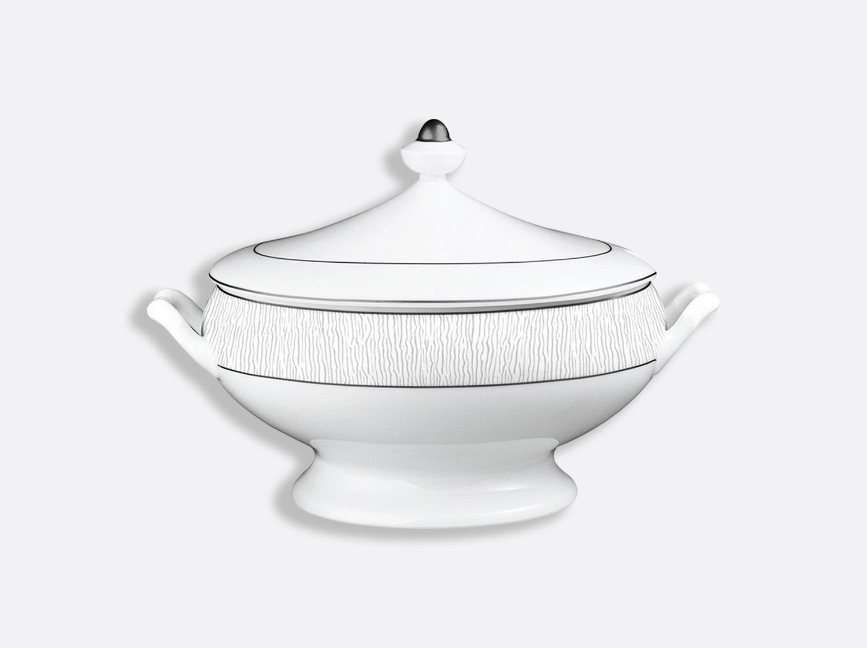China Soup tureen 2 l of the collection Dune | Bernardaud