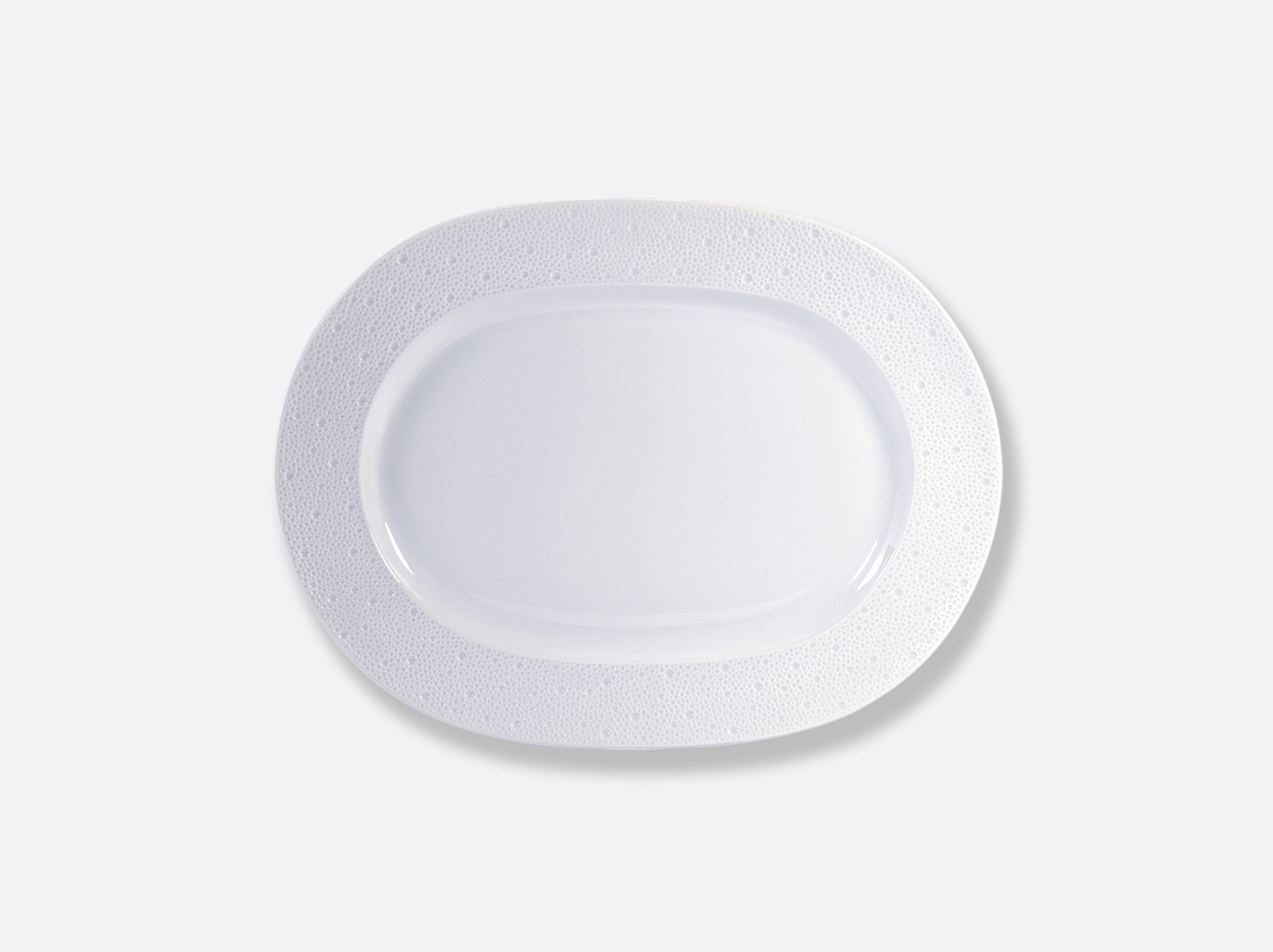 Plat ovale 35 cm en porcelaine de la collection Ecume Bernardaud