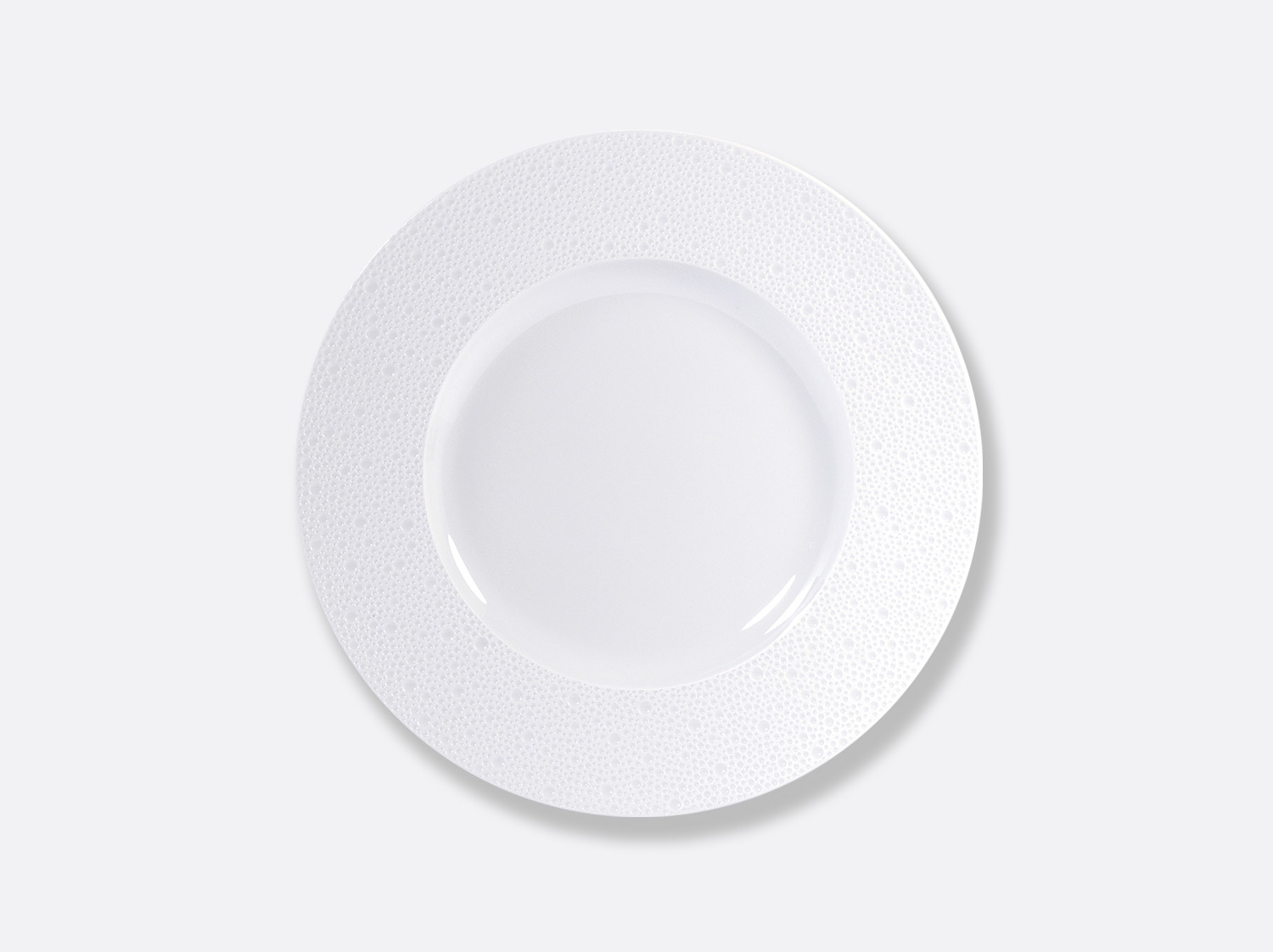 Assiette plate 29,5 cm en porcelaine de la collection Ecume Bernardaud