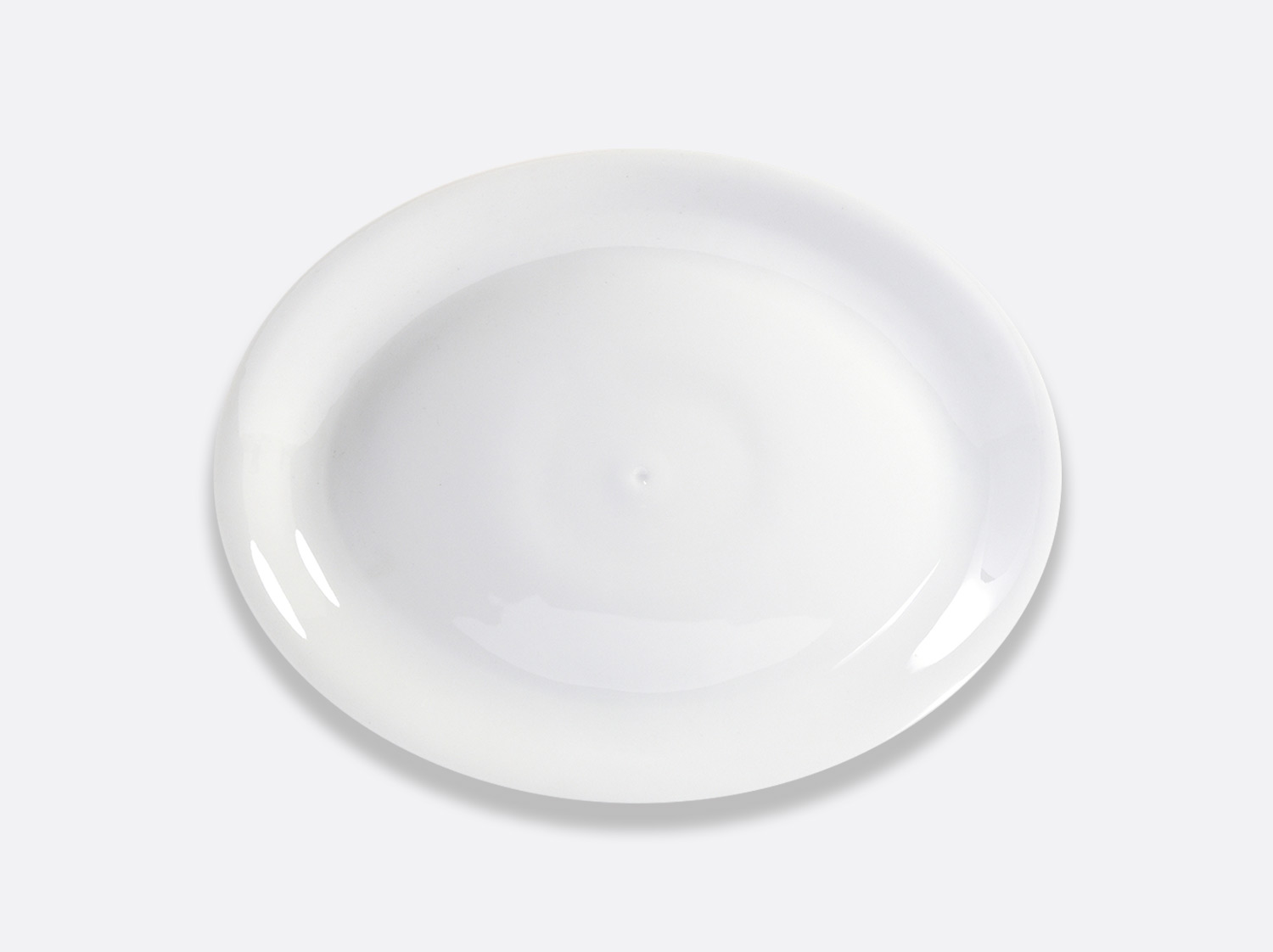 Plat ovale 39 cm en porcelaine de la collection Bulle Bernardaud