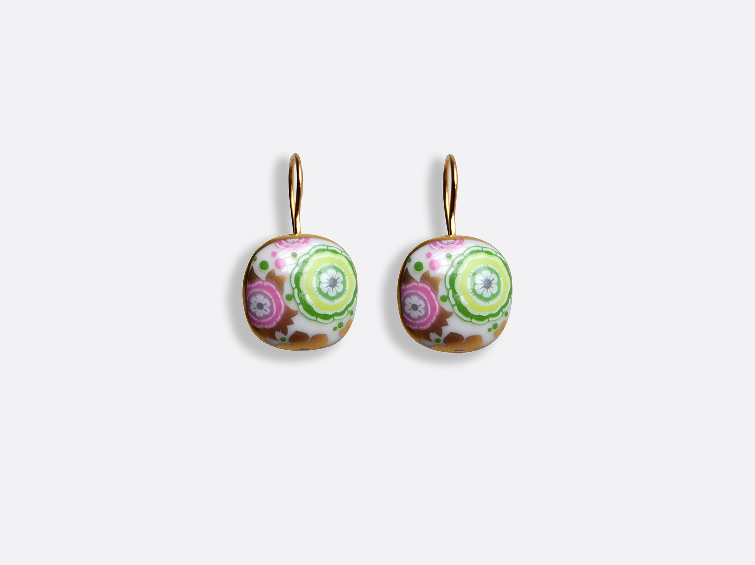 Boucles d'oreilles en porcelaine de la collection Syracuse vert Bernardaud