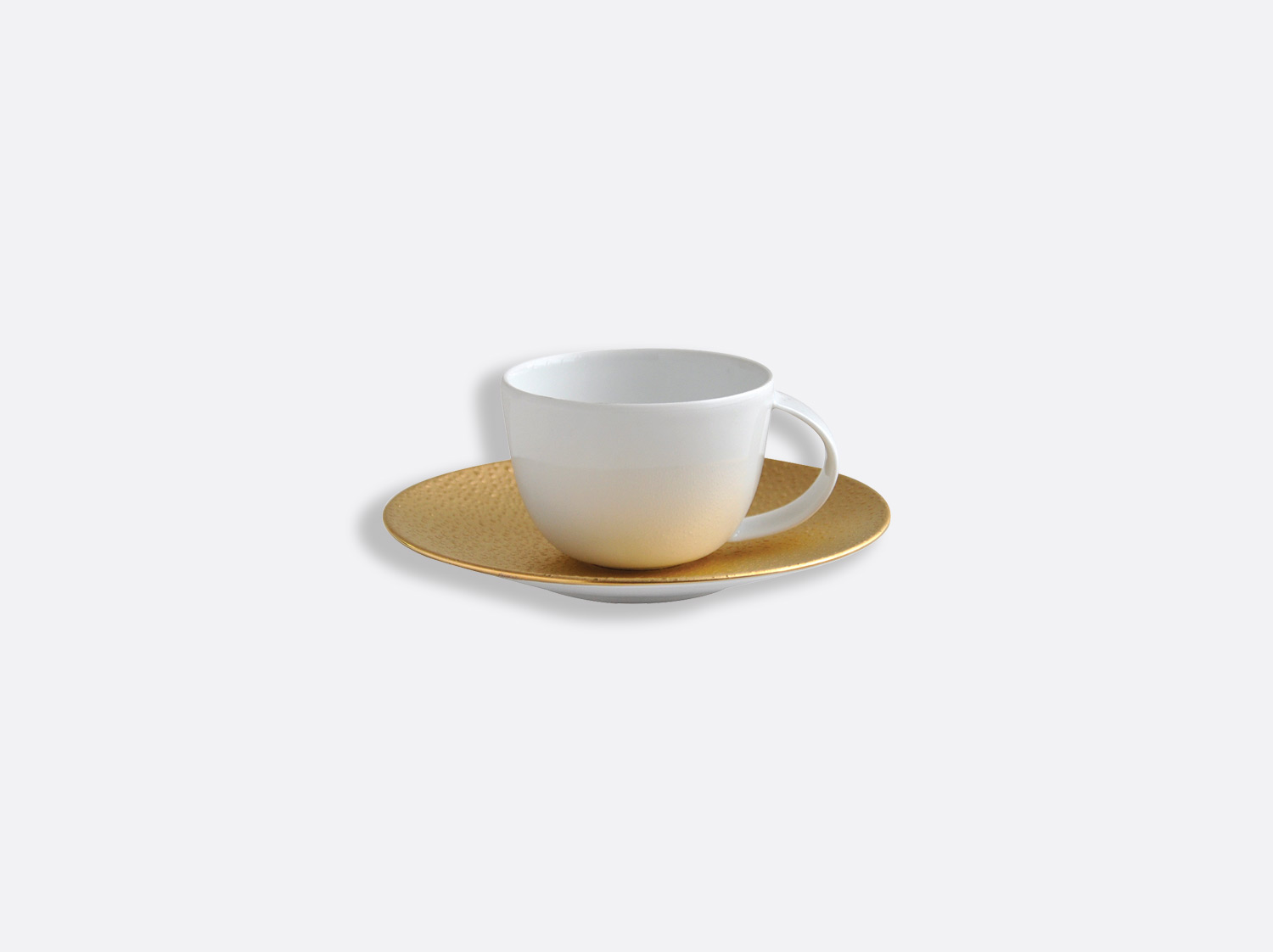 Tasse et soucoupe café 7 cl en porcelaine de la collection Gouttes d or Bernardaud