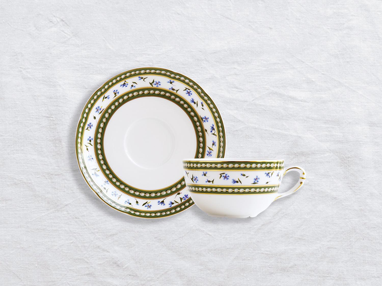 Tasse et soucoupe à thé en porcelaine de la collection Marie-antoinette Bernardaud