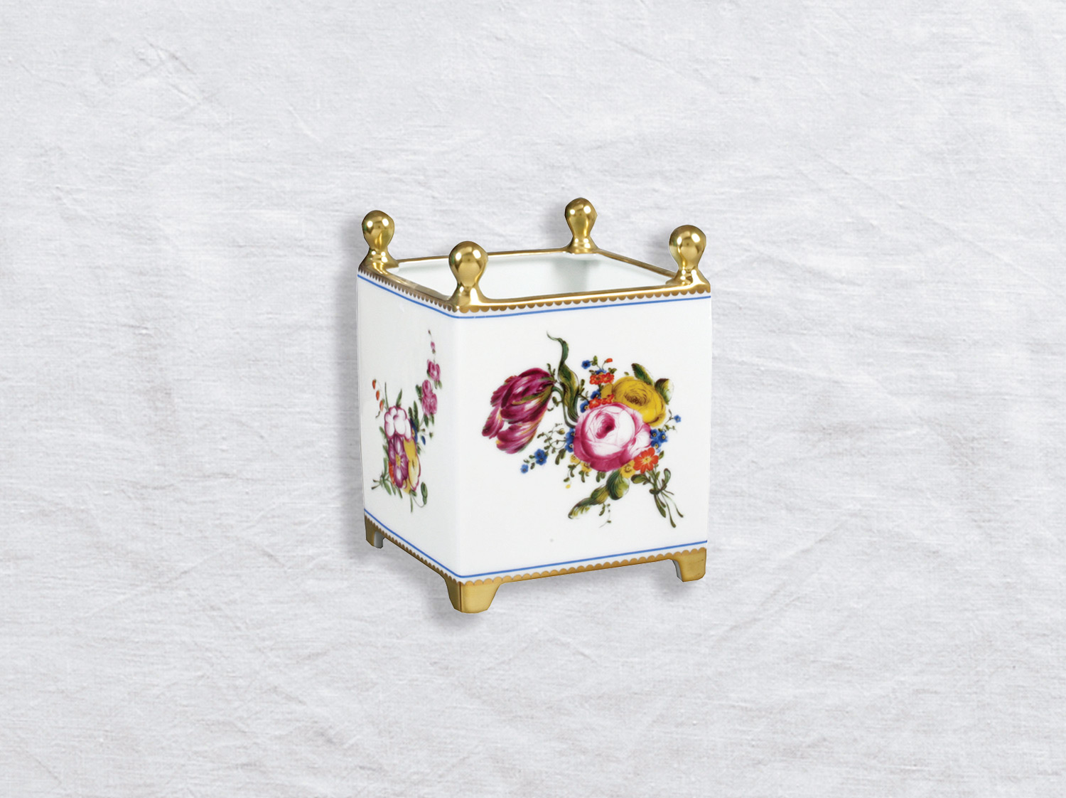 Caisse à fleurs en porcelaine de la collection A la reine Bernardaud