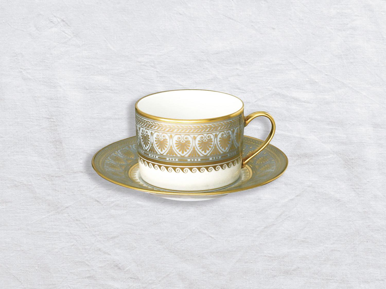 Tasse et soucoupe à thé en porcelaine de la collection Elysee Bernardaud