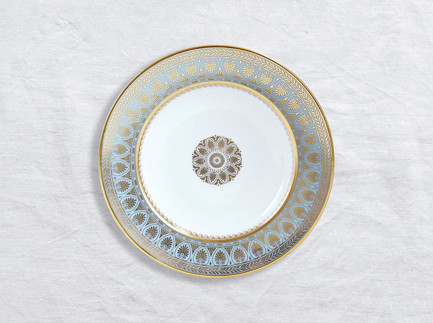 Assiette creuse à aile 22,5 cm en porcelaine de la collection Elysee Bernardaud