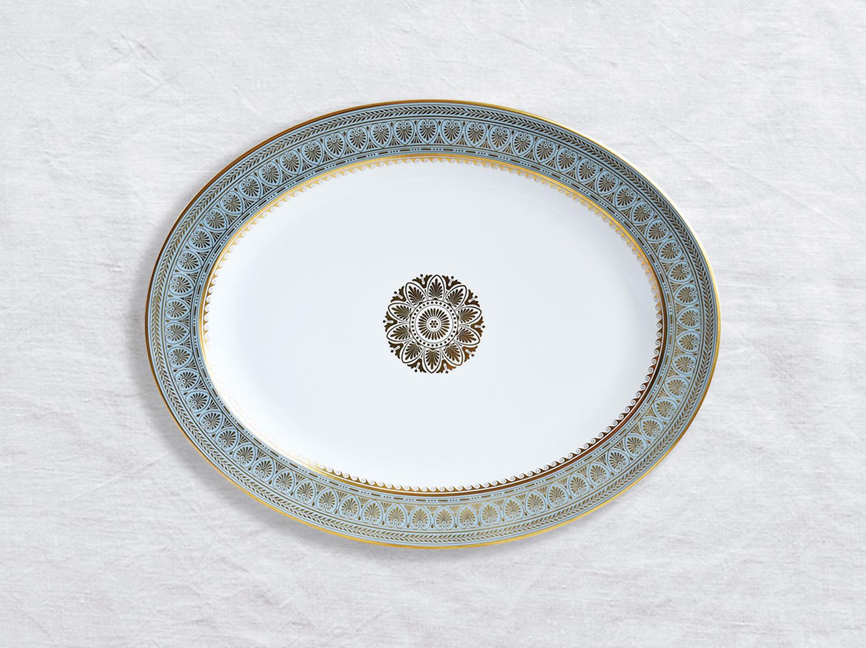 Plat ovale 38 cm en porcelaine de la collection Elysee Bernardaud