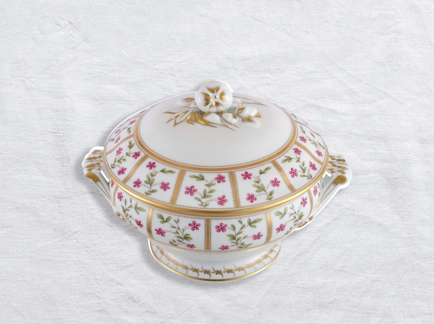 Pot à oilles (soupière) 2,2 L en porcelaine de la collection Roseraie Bernardaud