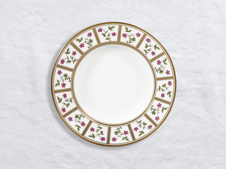 Assiette creuse à aile 22,5 cm en porcelaine de la collection Roseraie Bernardaud