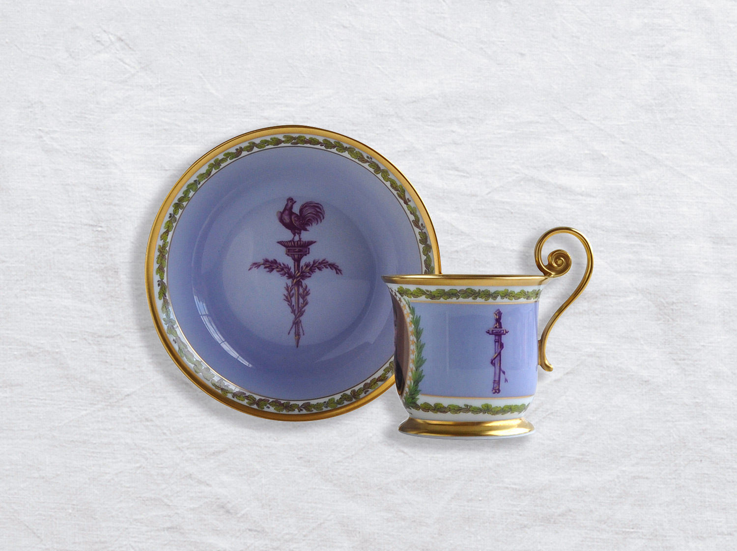 Tasse et soucoupe Empire en porcelaine de la collection Bonaparte Bernardaud