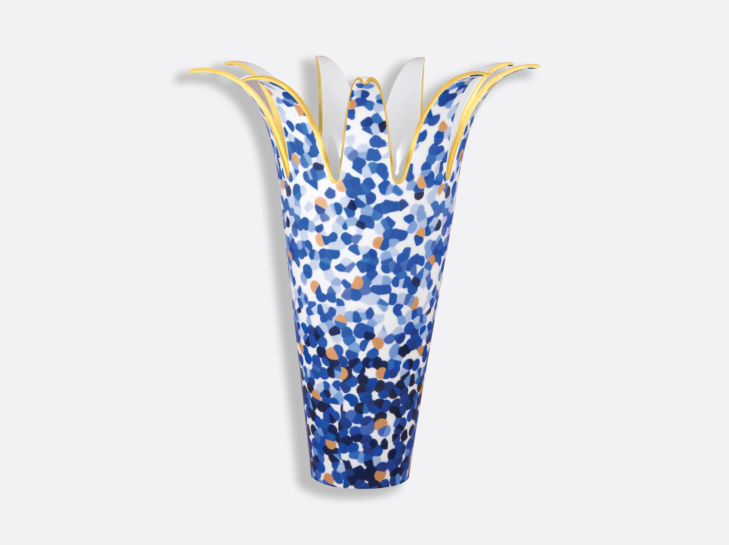 Vase H. 37,5 cm en porcelaine de la collection Marmorino bleu Bernardaud