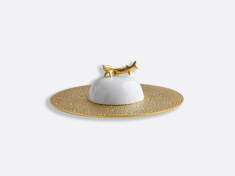 Coffret assiette et cloche à caviar en porcelaine de la collection Ecume or Bernardaud