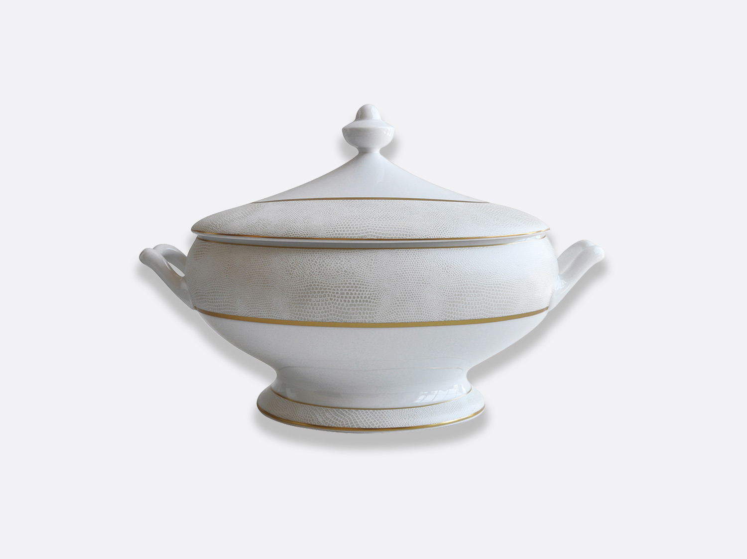 China Soup tureen of the collection Sauvage Or Blanc | Bernardaud