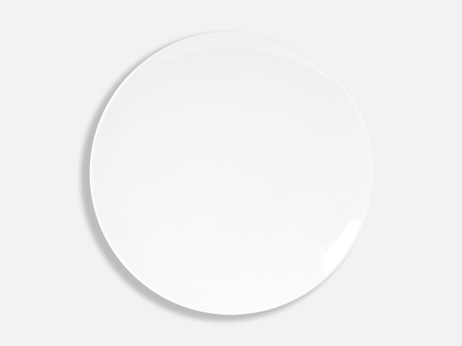 Assiette coupe 29,6 cm en porcelaine de la collection DOMUS BLANC Bernardaud