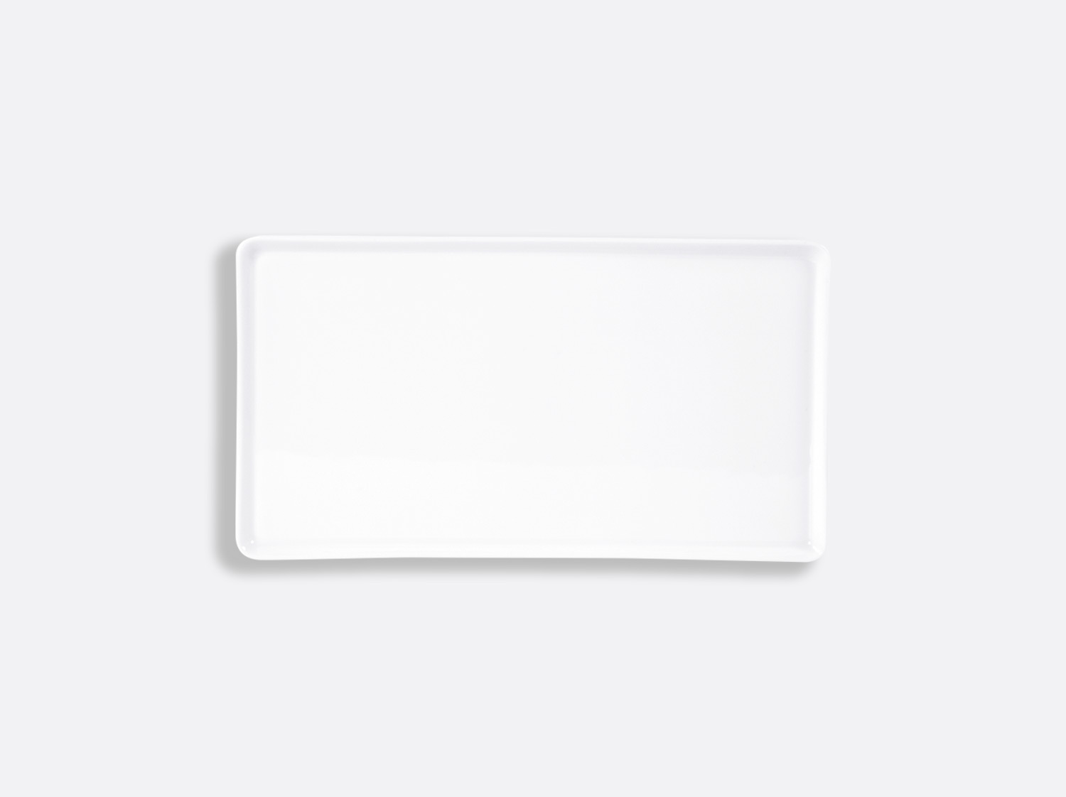 Plateau rectangulaire 27 x 15 cm en porcelaine de la collection FANTAISIES BLANCHES Bernardaud