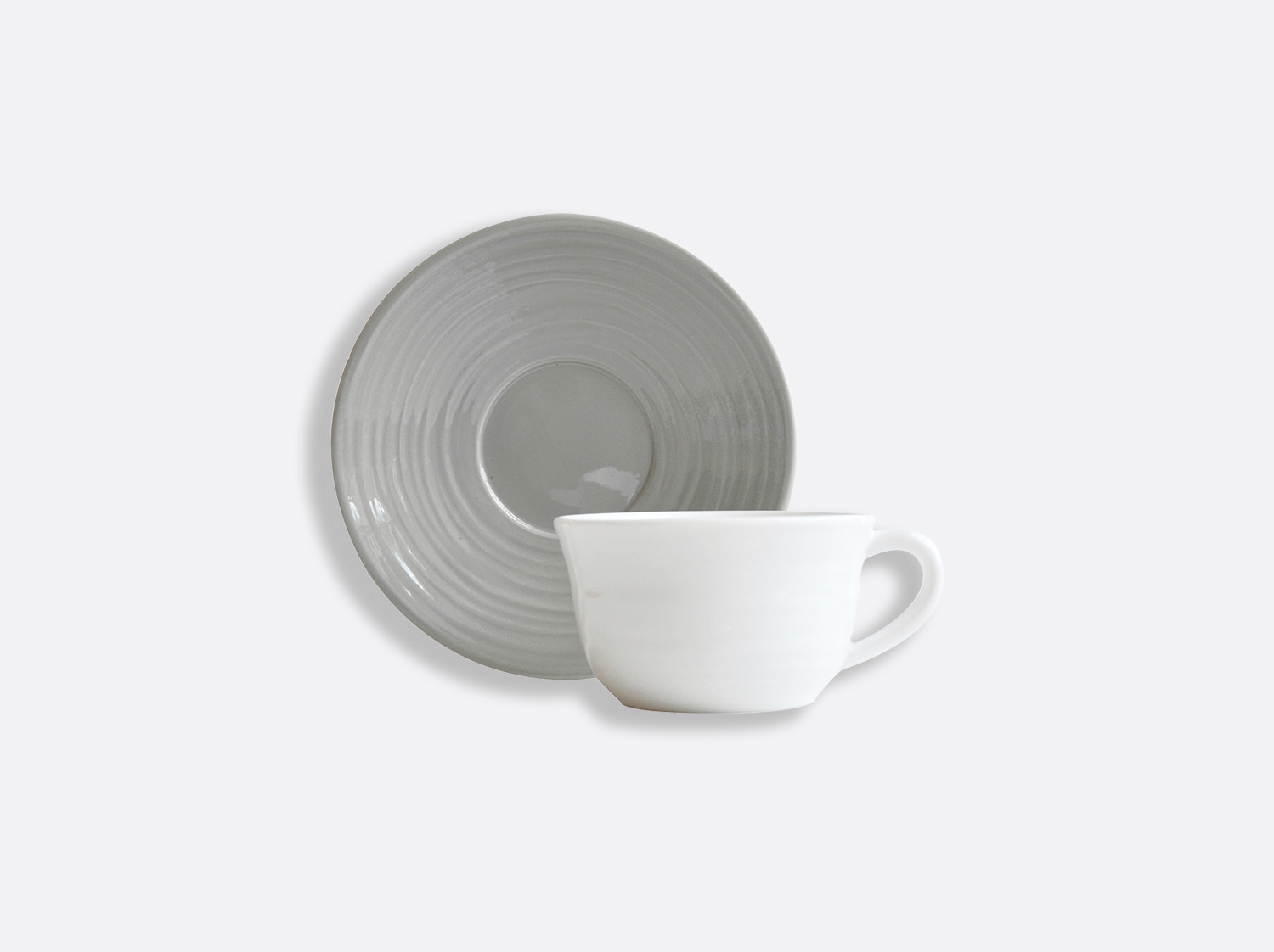 Tasse et soucoupe thé Gris 20 cl en porcelaine de la collection Origine gris Bernardaud