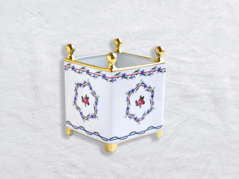 Caisse à fleurs L. 11,5 cm x l. 11,5 cm x H. 15 cm en porcelaine de la collection Gobelet du roy Bernardaud