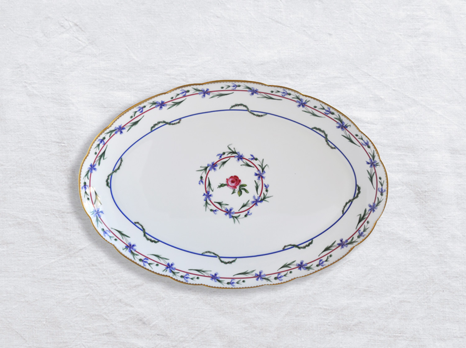 Plat ovale 38 cm en porcelaine de la collection Gobelet du roy Bernardaud