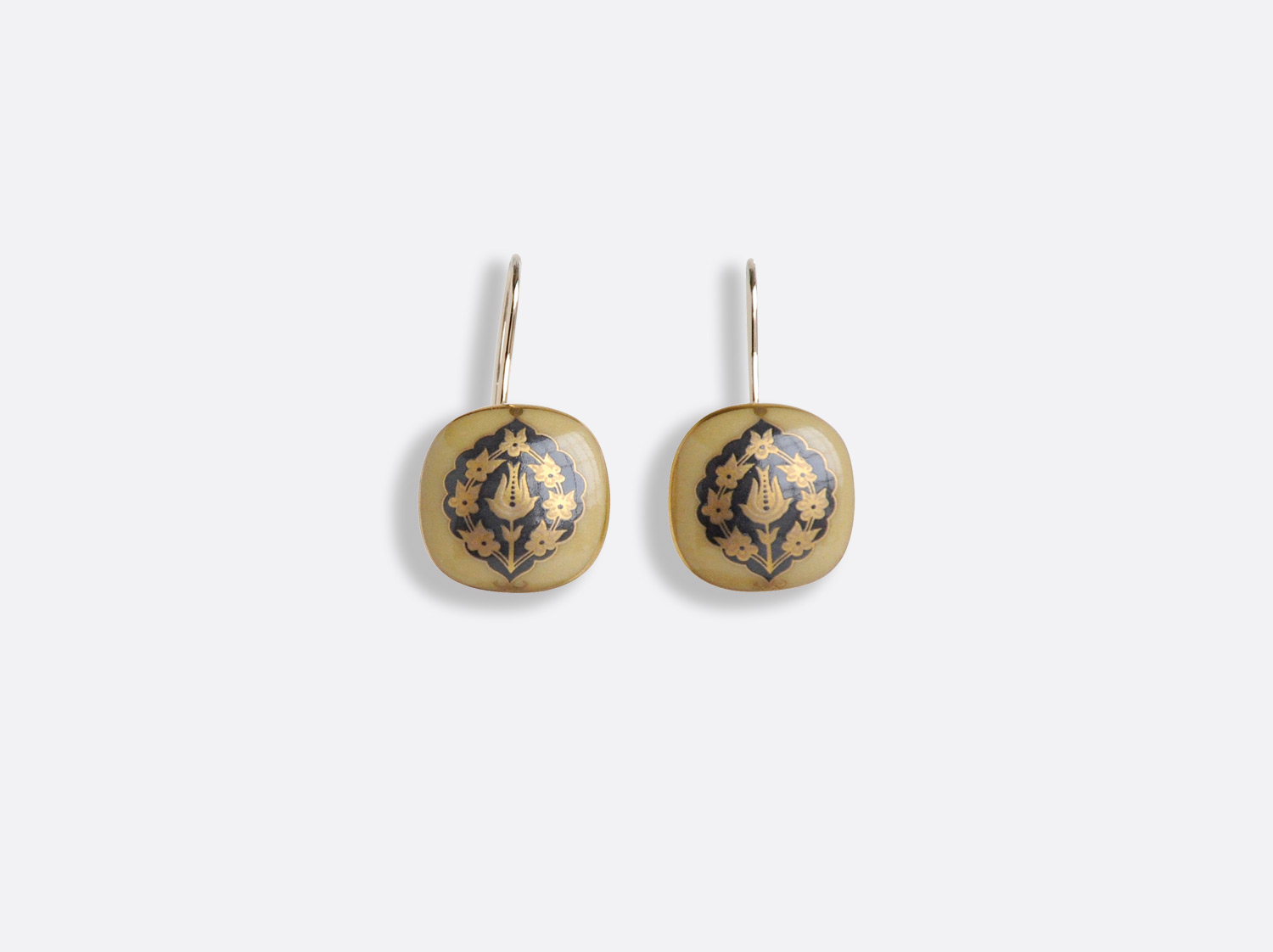 Boucles d'oreilles en porcelaine de la collection Sultane Ocre Bernardaud