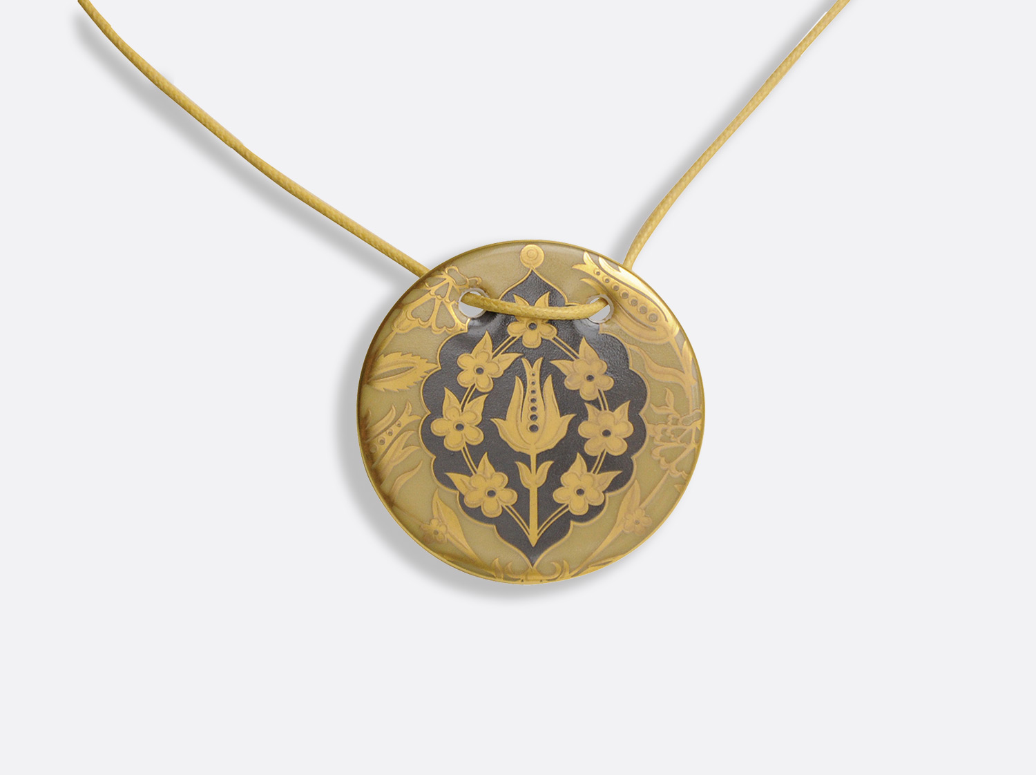 China Pendentif Gong D. 48 mm of the collection Sultane Ocre | Bernardaud