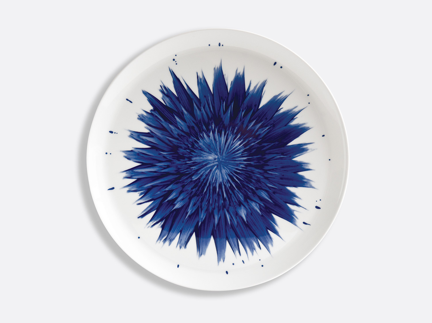 Plat à tarte 32 cm en porcelaine de la collection IN BLOOM - Zemer Peled Bernardaud