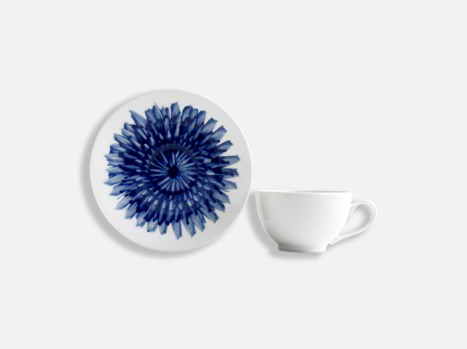 Tasse et soucoupe thé 13 cl en porcelaine de la collection IN BLOOM - Zemer Peled Bernardaud