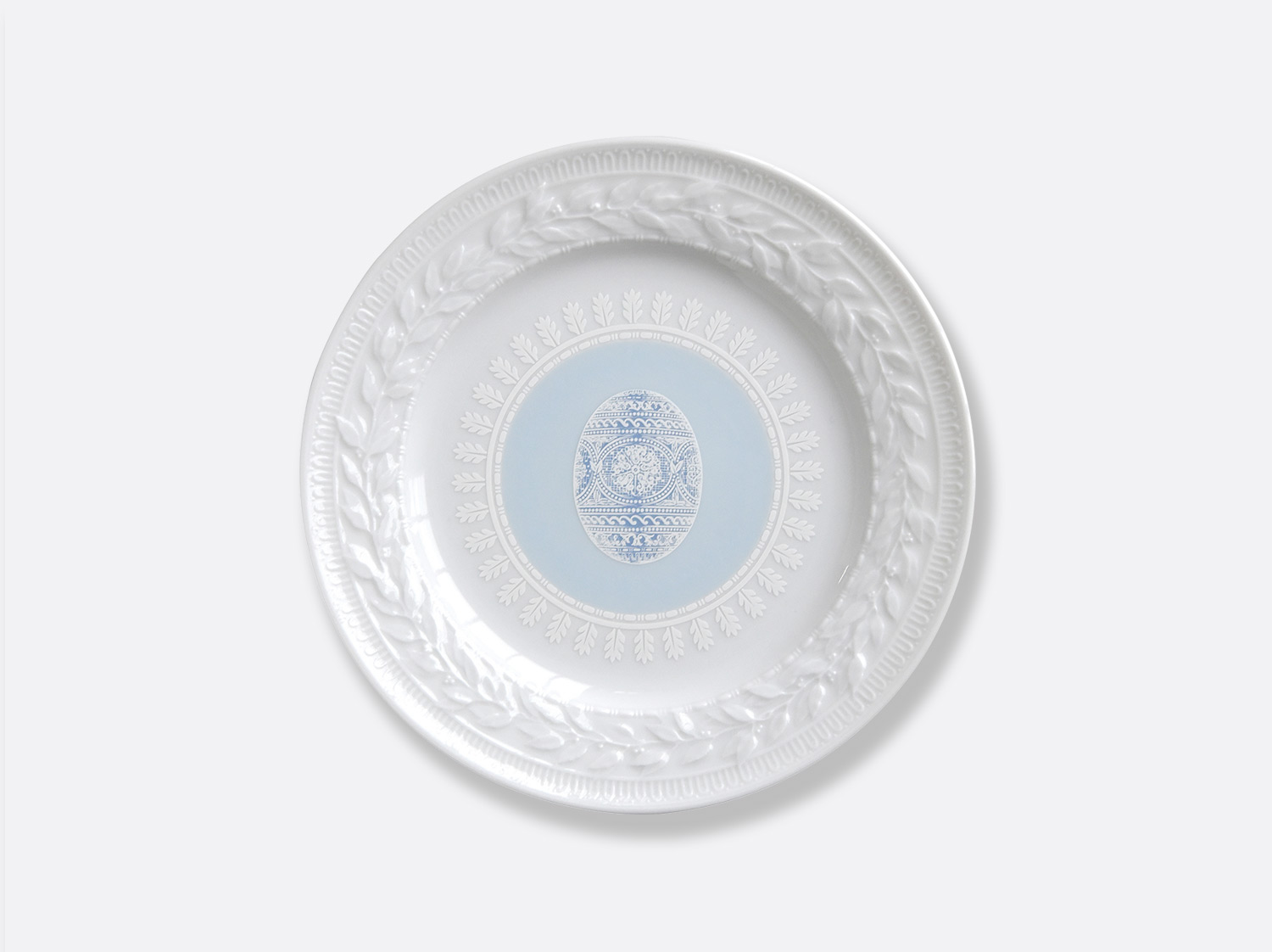 China Blue salad plate 8.5'' of the collection Louvre pâques bleu | Bernardaud
