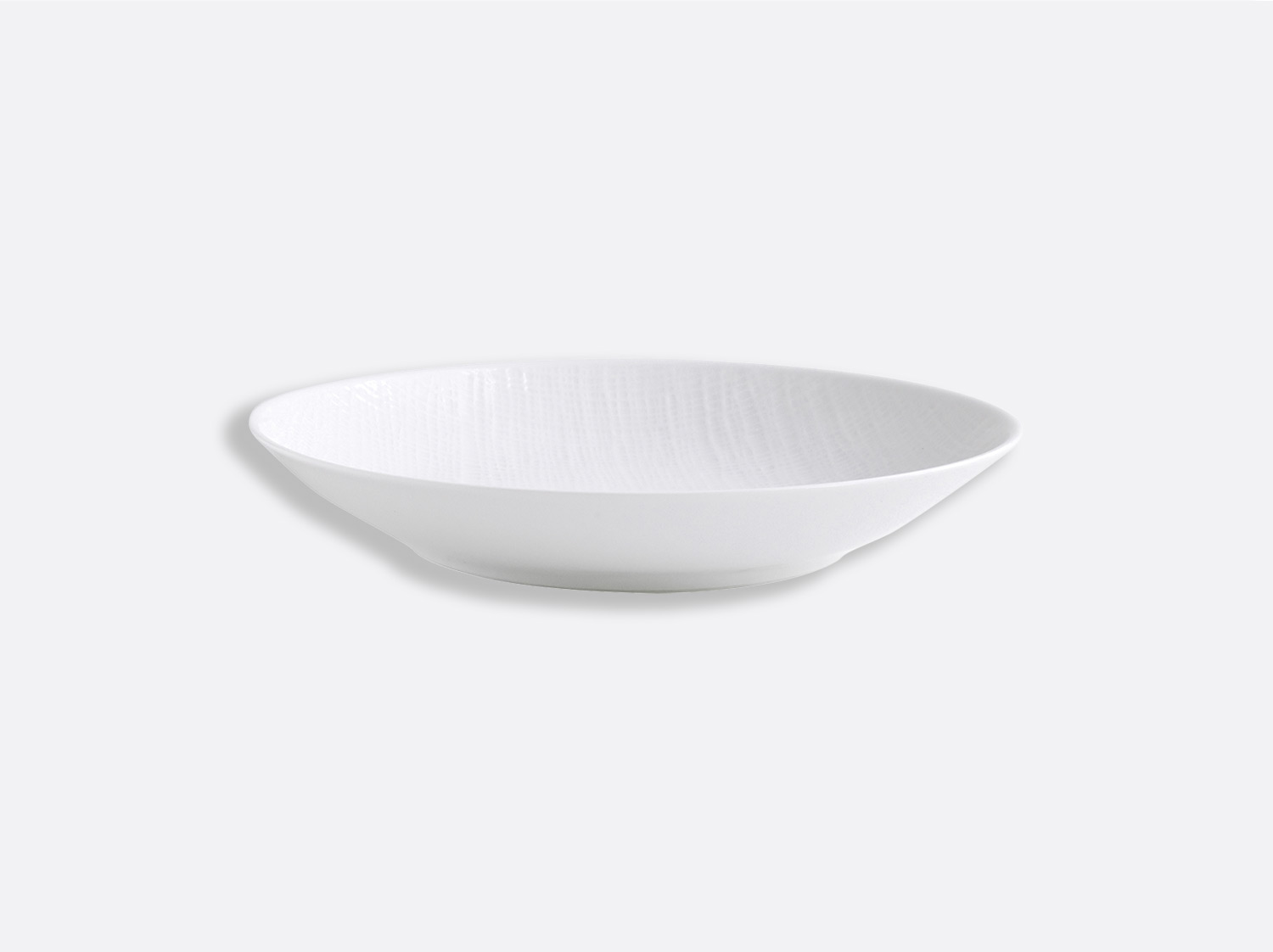Assiette à pâtes 23 cm en porcelaine de la collection Organza Bernardaud
