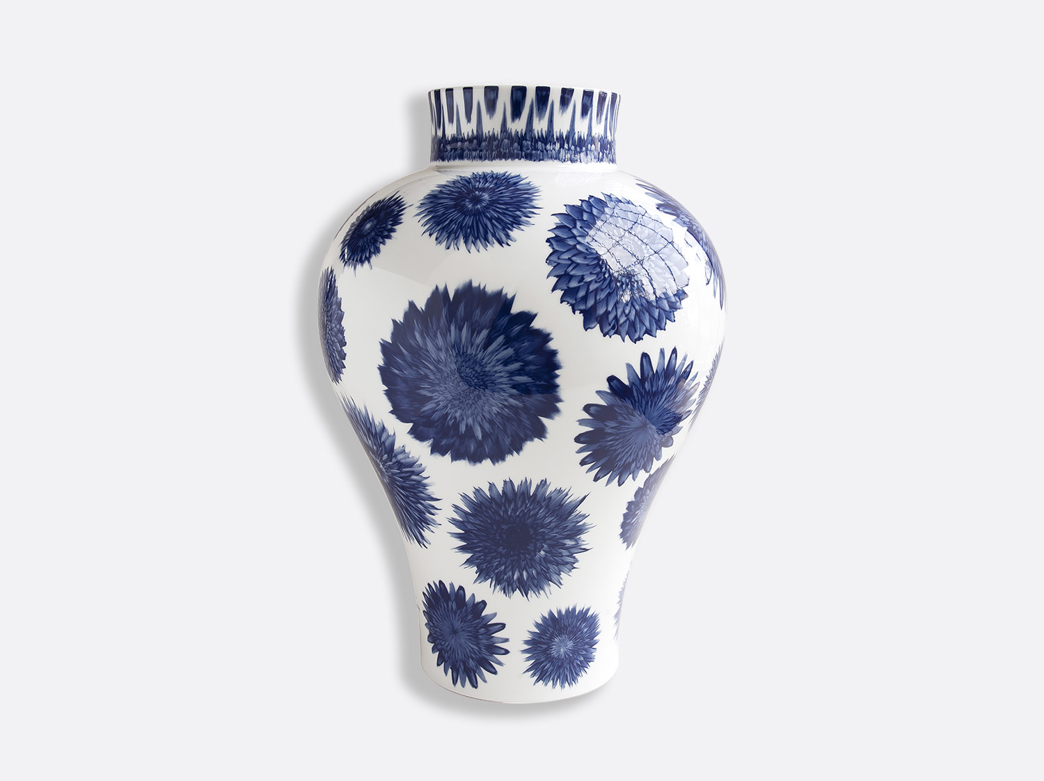 Vase Super Bloom H. 46 cm en porcelaine de la collection IN BLOOM - Zemer Peled Bernardaud