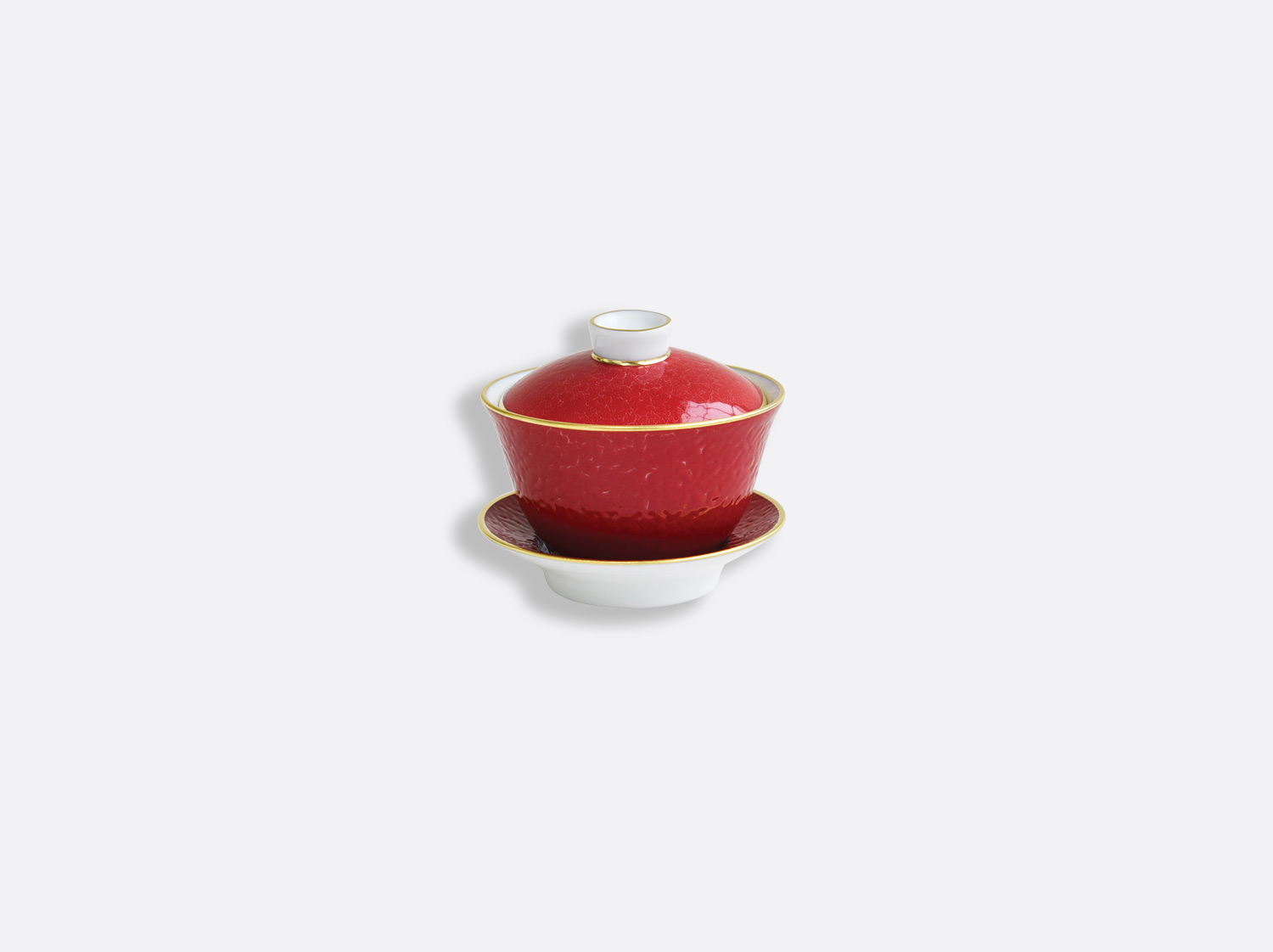 Petite tasse couverte 10 cl en porcelaine de la collection ROUGE EMPEREUR Bernardaud