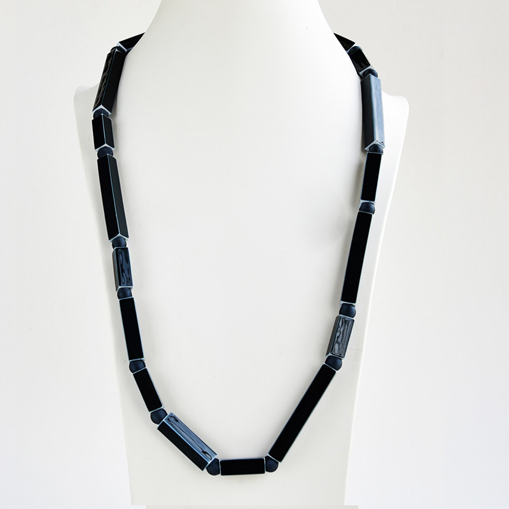 China Tube Noir Long Necklace of the collection Be Bold Over | Bernardaud