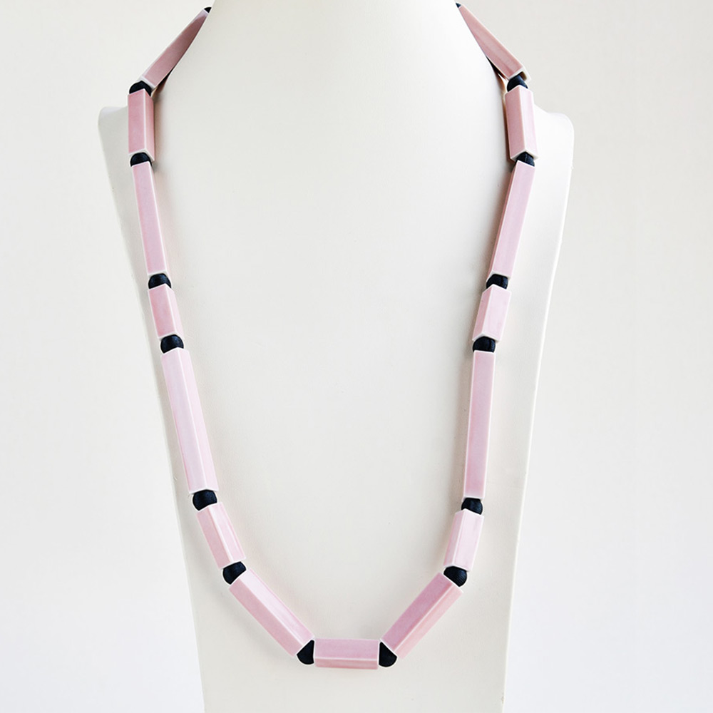 China Tube Rose Long Necklace of the collection Be Bold Over | Bernardaud