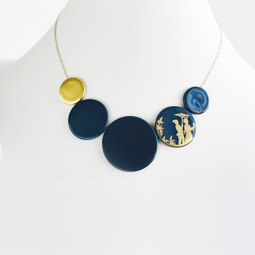 China Disque Bleu de prusse Choker of the collection Be Bold Over | Bernardaud