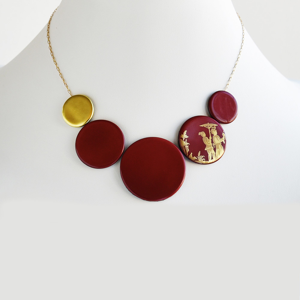 China Disque Corail Choker of the collection Be Bold Over | Bernardaud