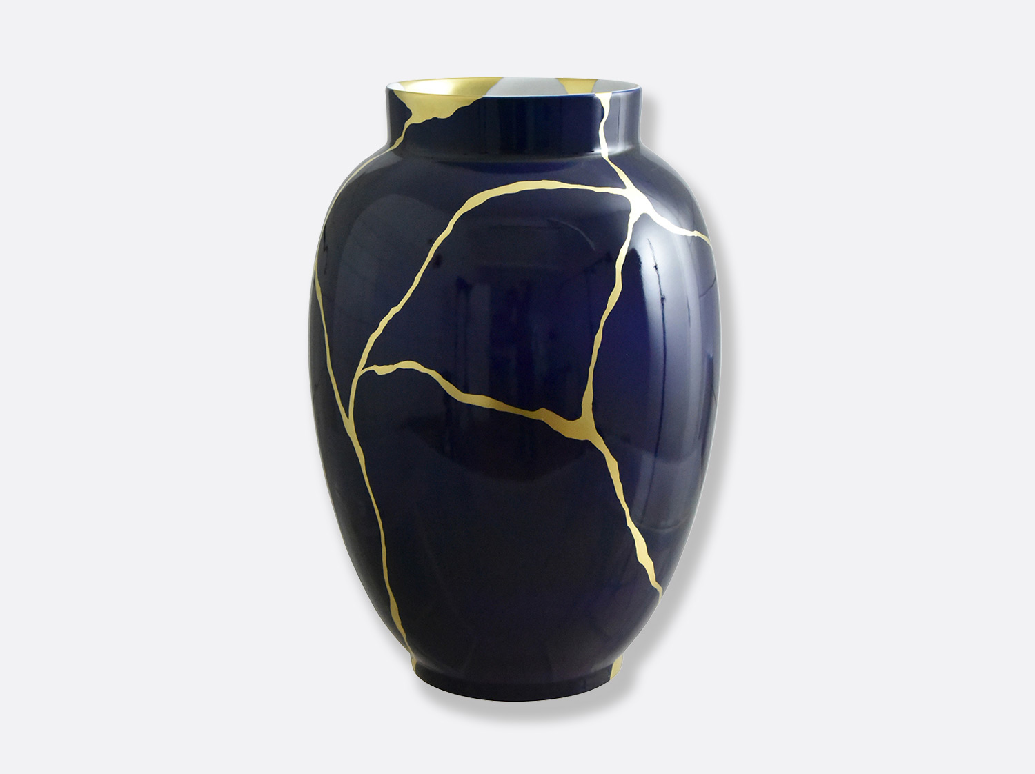 Potiche bleu de four H. 57 cm en porcelaine de la collection KINTSUGI Bernardaud