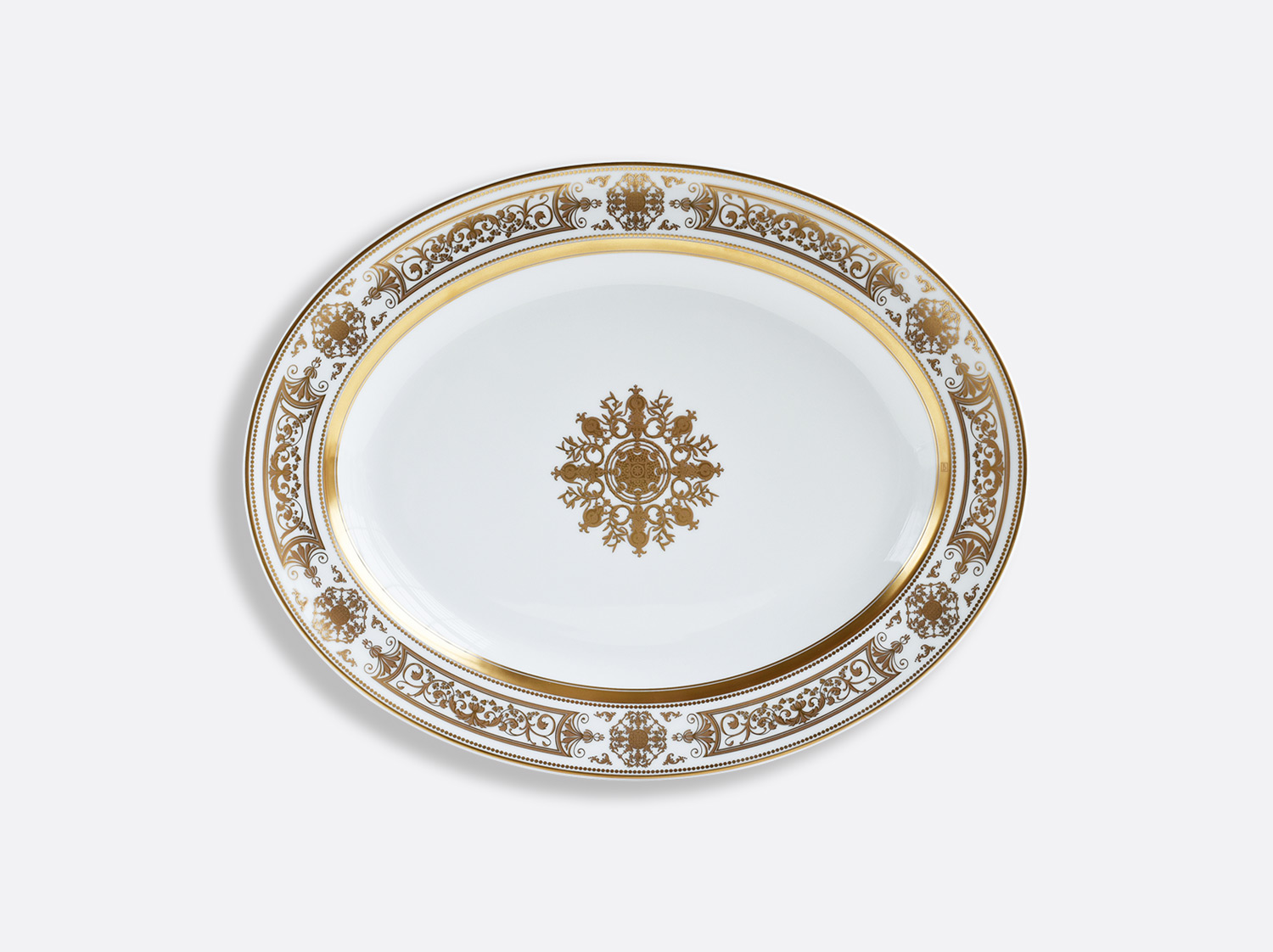 Plat ovale 38 cm en porcelaine de la collection Aux Rois Or Bernardaud