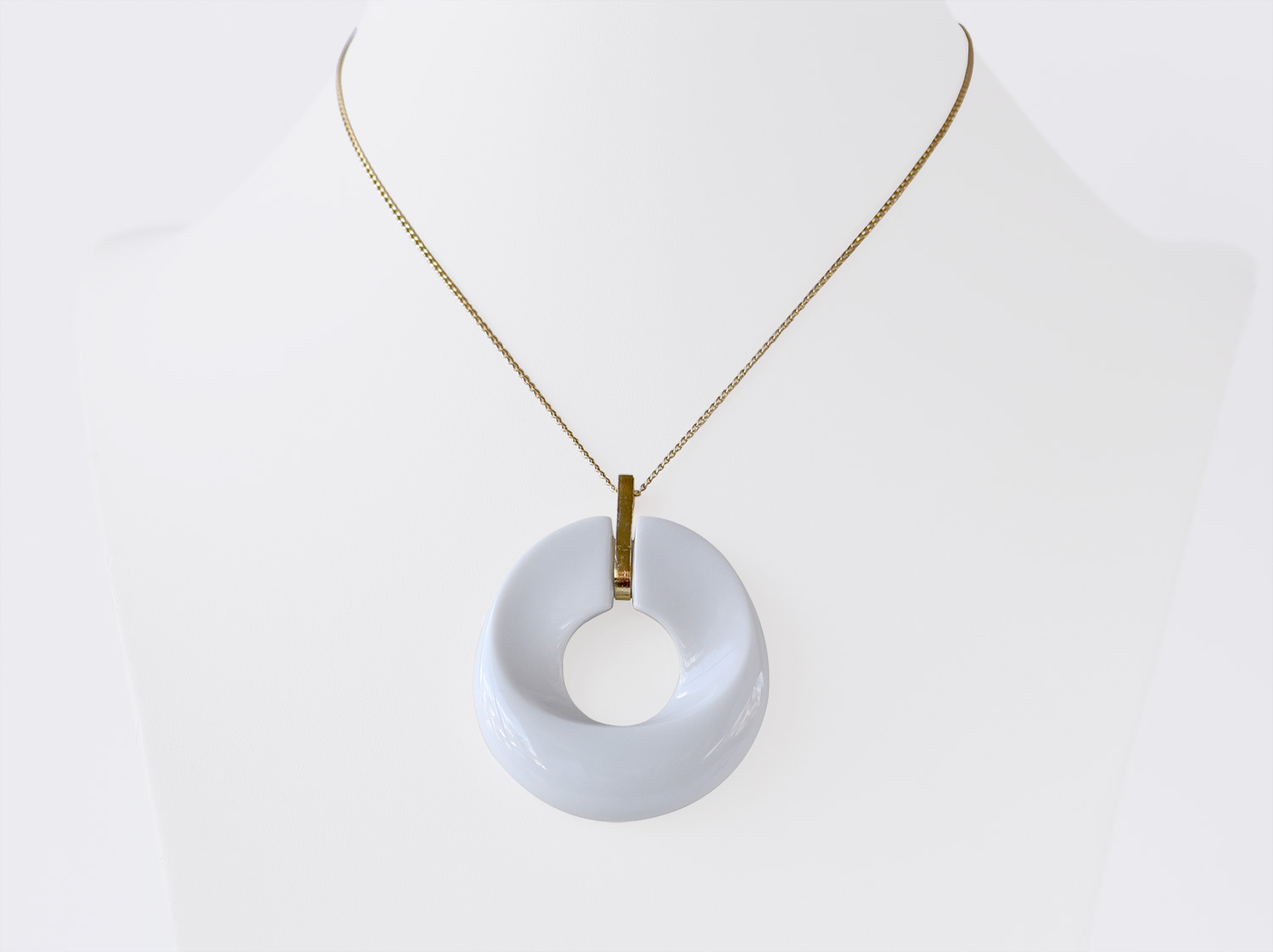 China Alba blanc Pendant of the collection ALBA BLANC | Bernardaud