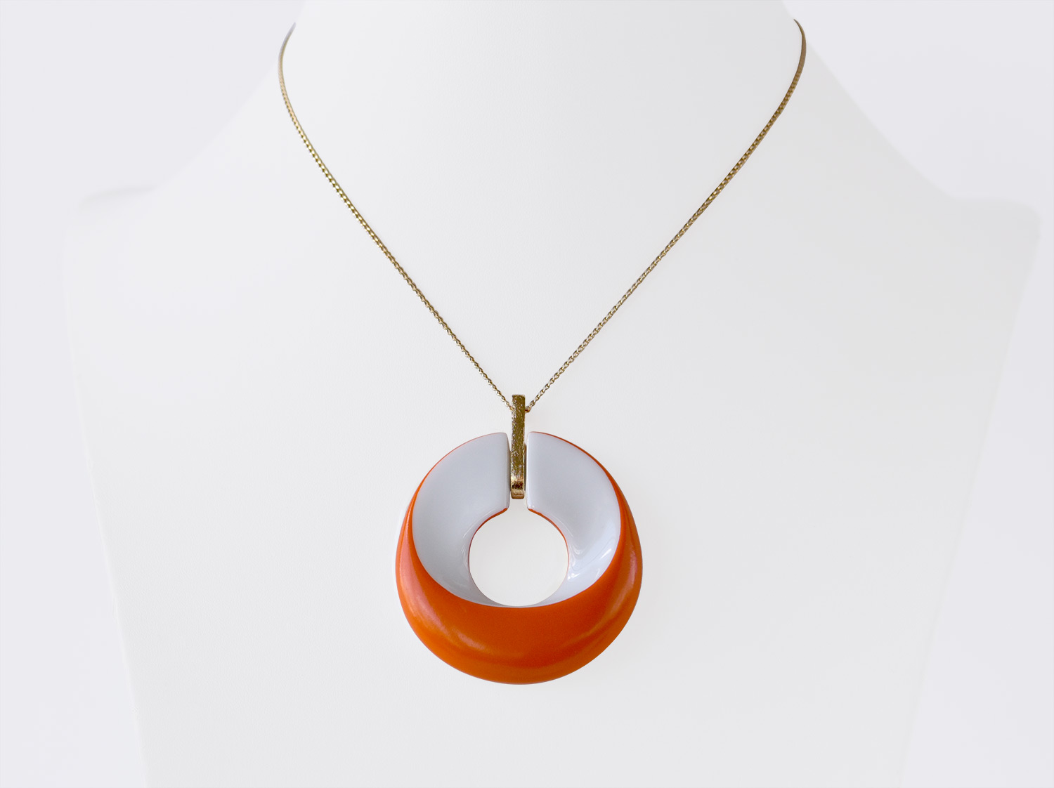 China Pendant of the collection ALBA ORANGE | Bernardaud