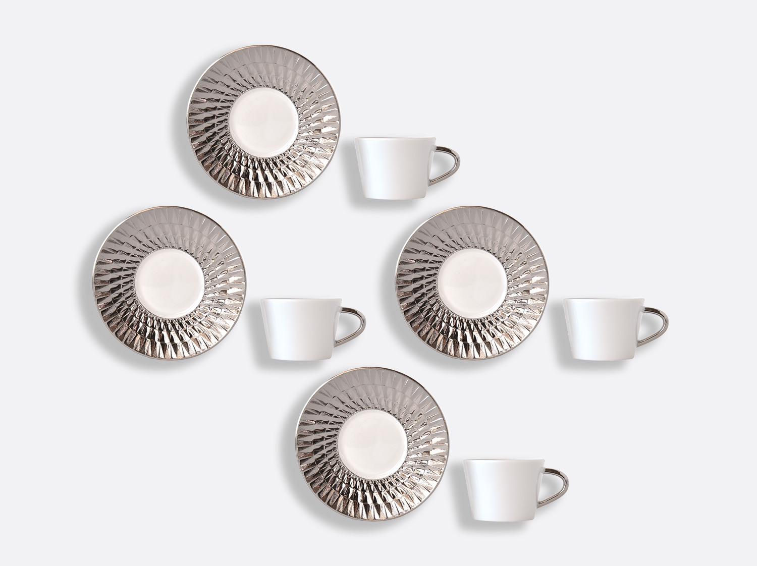 Coffret de tasses & soucoupes café 8 cl - Coffret de 4 en porcelaine de la collection Twist platine Bernardaud